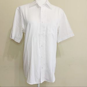 George | White shirt buttons down